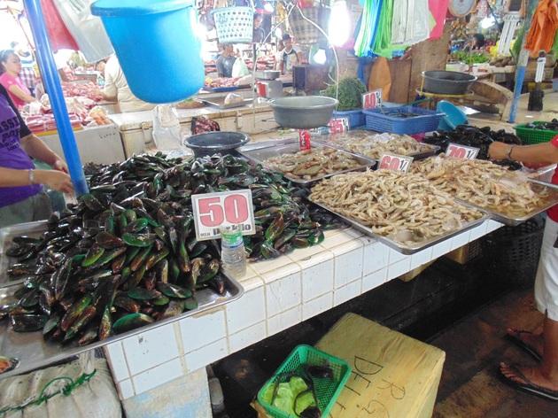 tržnica_Puerto_Princesa