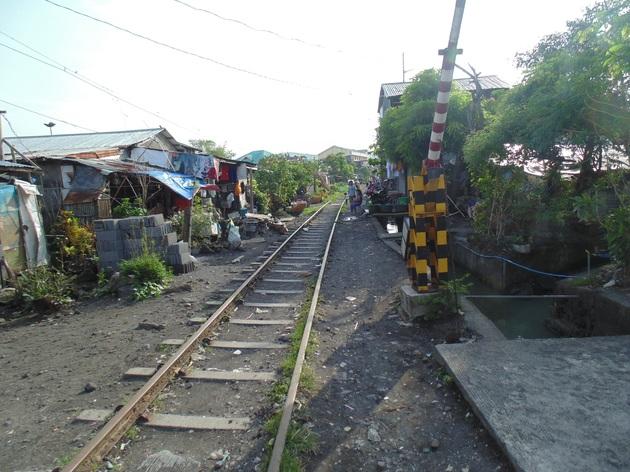 Jediná železnica na Filipínach, trasa Manila - Legazpi